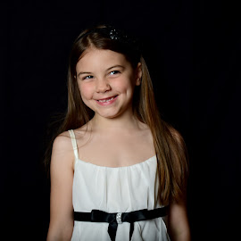 Raelyn big smile by Tiffany Serijna - Babies & Children Child Portraits ( child, cute, smile,  )