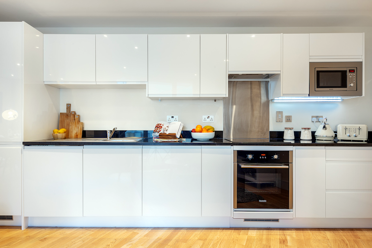 Full kitchen at Canary Gateway Apartments, Canary Wharf