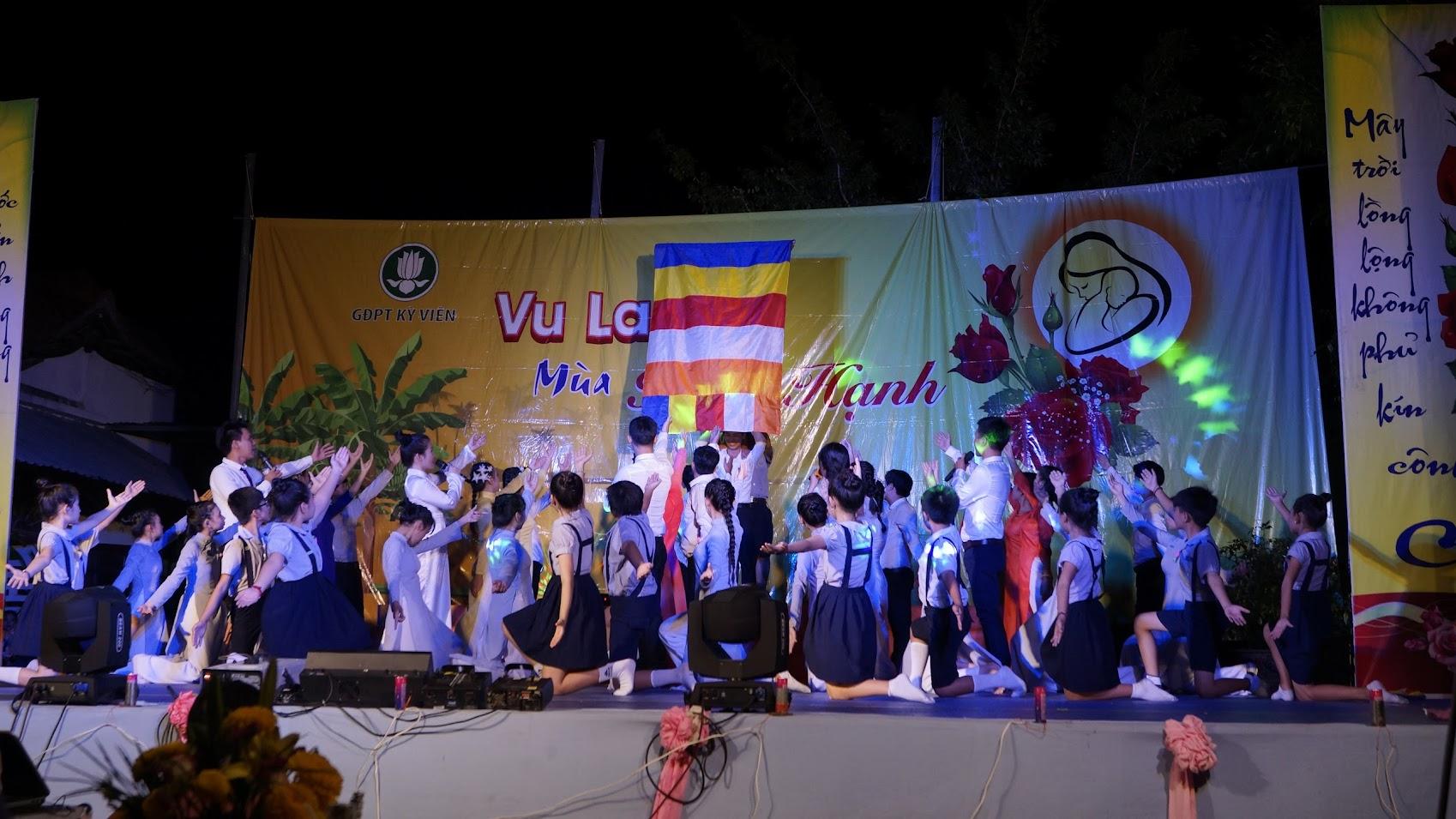 Hình ảnh: Văn nghệ cúng dường Đại lễ Vu Lan PL.2560 tại GĐPT Kỳ Viên