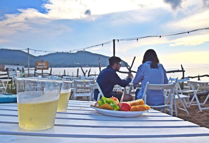 Food in spiaggia di Luciano Fontebasso