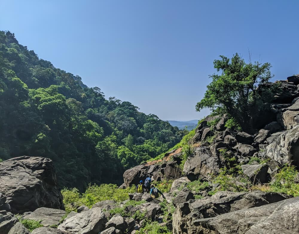 hiking trail of belligundi waterfalls in karnataka
