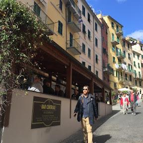 【世界の絶景】断崖絶壁を彩る家々と海のコントラストが作り出す絶景 / イタリアの世界遺産チンクエテッレの1つ「リオマッジョーレ」