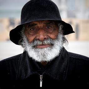 by Fernando Alves Fotografia - People Portraits of Men (  )