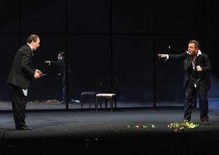 Photo: WIEN/ Burgtheater: DER ALPENKÖNIG UND DER MENSCHENFEIND von Ferdinand Raimund. Inszenierung: Michael Schachermaier. Premiere 29.9.2012. Johann Adam Oest, Cornelius Obonya. Foto. Barbara Zeininger.