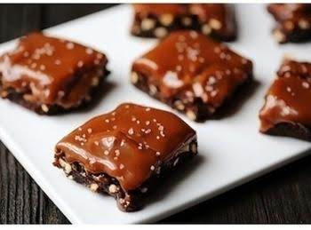 Salted Pretzel Caramel Brownies Recipe