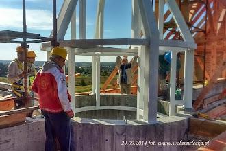 Photo: montaż wewnętrznej części  wieżyczki na nowej świątyni, 29.09.2014