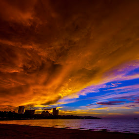 Dramatic Sunset by Fredzex Foo - Landscapes Sunsets & Sunrises ( red, nature, silhouette, sunset, beach, landscape )