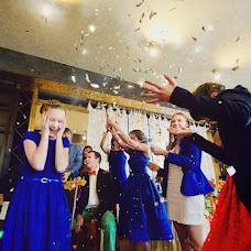 婚礼摄影师Elena Zayceva(Zaychikovna)。11.04.2016的照片