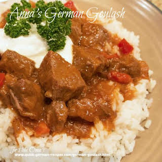 Anna's Slow Cooker German Goulash.