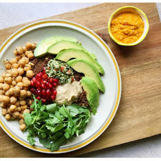 Healthy Dinner: Mediterranean Kañiwa & Carrot Turmeric Dressing.