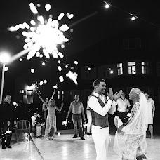 Wedding photographer Nastya Dubrovina (NastyaDubrovina). Photo of 22.08.2017