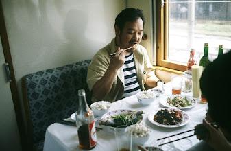 Photo: 11035 上海~鎮江/列車/食堂車/食事風景/石毛