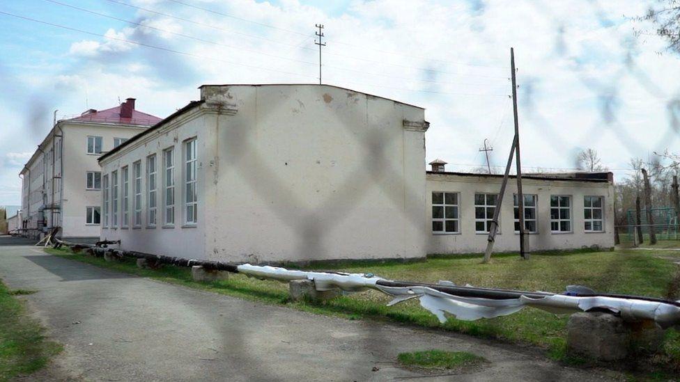 Лазурненскую школу-интернат