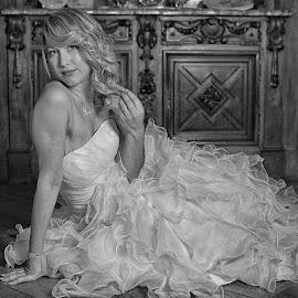 The Bride by Marco Bertamé - Black & White Portraits & People