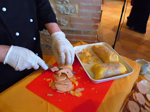 Photo: Foie gras entier midi Pyrénées sur pain de campagne et son chutneys aux figues
