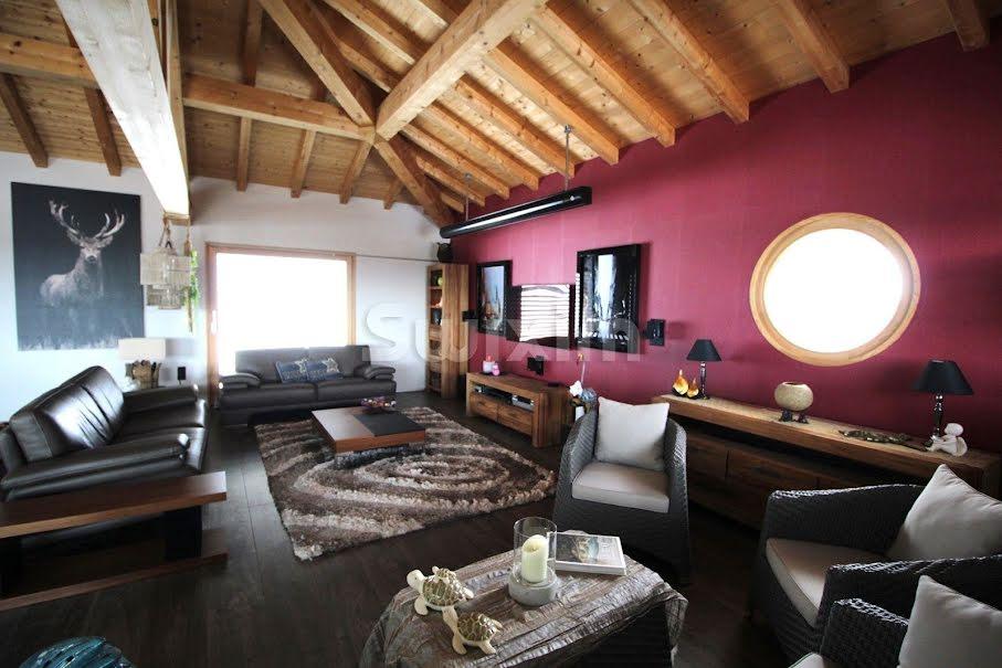 Vente maison 5 pièces 255 m² à Chevrier (74520), 939 000 €