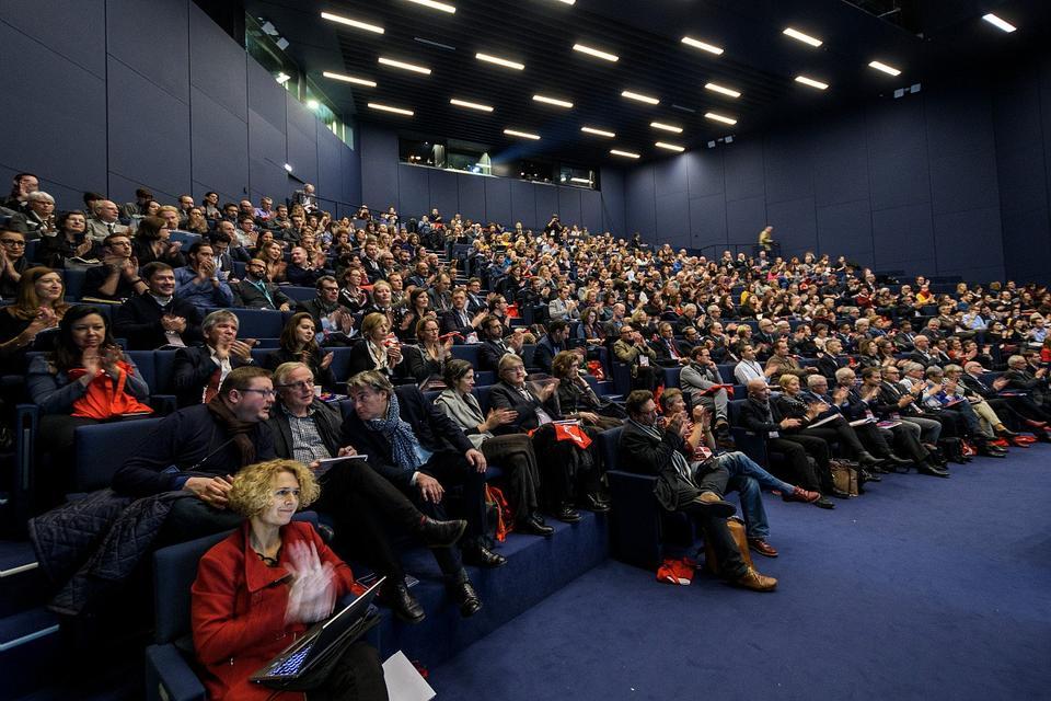 """Plénière d'ouverture de la 38e rencontre des agences d'urbanisme """"Construire l'Europe des lieux et des liens"""", Palais de la musique et des congrès, Strasbourg"""
