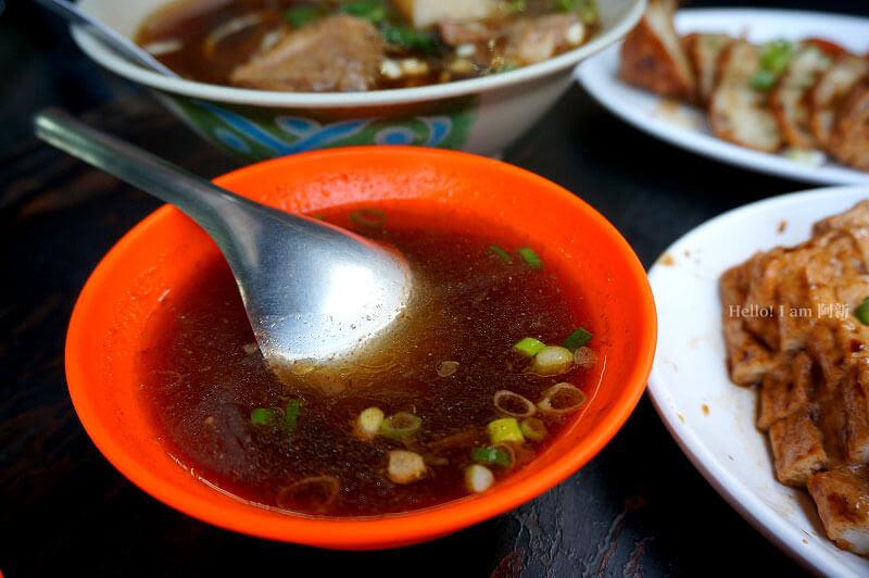 台中西區牛肉麵,百里香牛肉麵-10