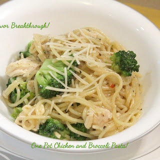 One Pot Chicken and Broccoli Pasta!.