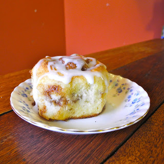 Quick and Easy Cinnamon Rolls with Buttermilk Icing