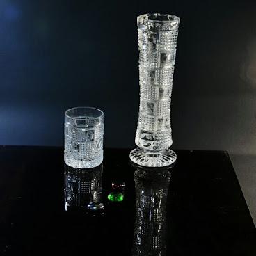 水晶花瓶十小瓶子   (C-124)