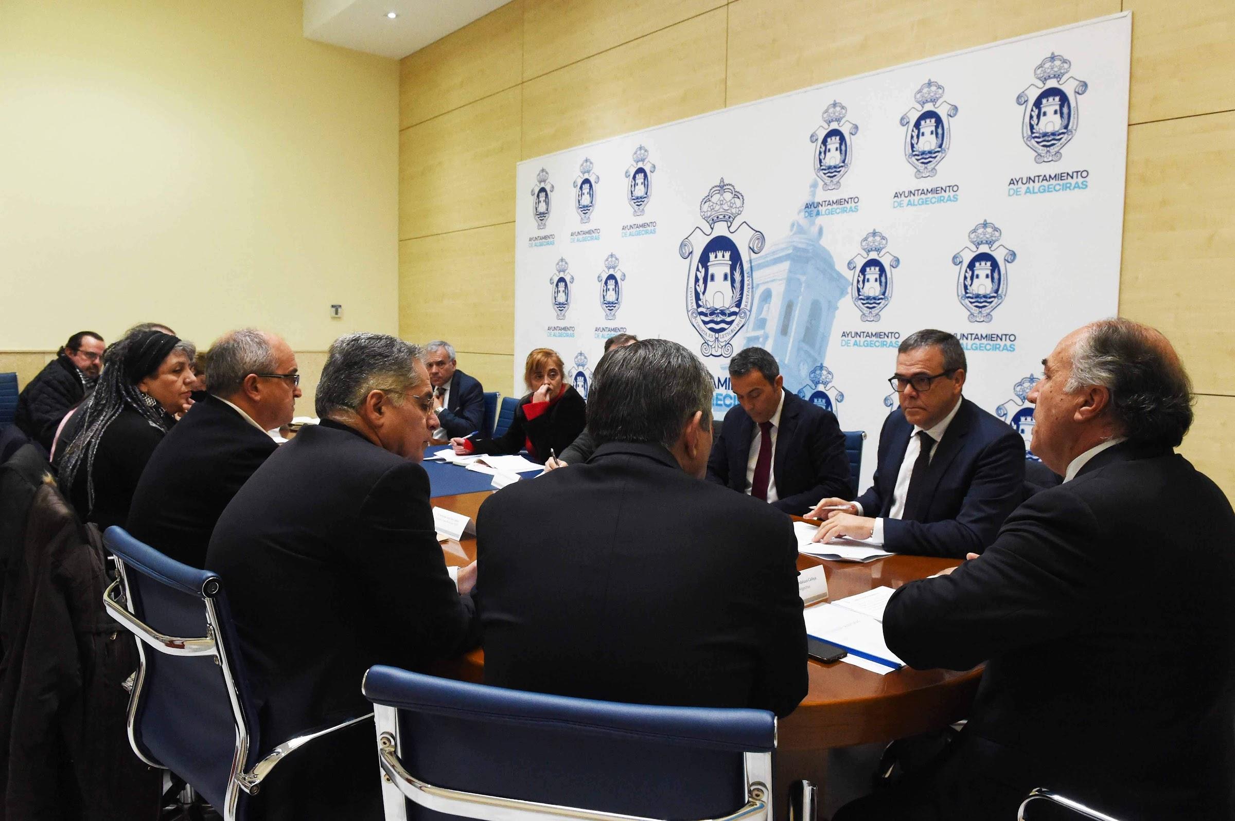 Empresarios, sindicatos y grupos políticos se reúnen para seguir impulsando la Algeciras-Bobadilla