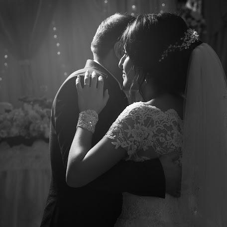 Wedding photographer Medin Achmizov (achmizov). Photo of 05.07.2017