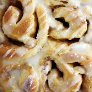 Sweet Potato-Marshmallow Cinnamon Rolls