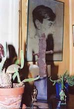 Photo: Уголок кабинета Виктора Некрасова в день его смерти. Сталинградский осколок. Ванв, 3.9.1987