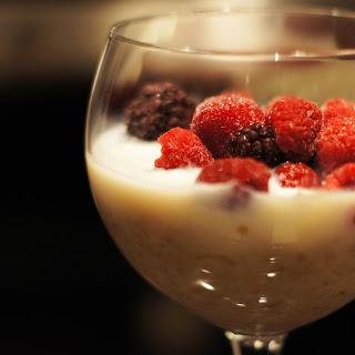 Overnight Oatmeal - Chia, Greek Yoghurt & Mixed Berries