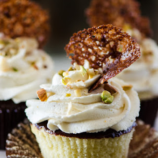Cannoli Cupcakes with Chocolate Pistachio Crunch Recipe