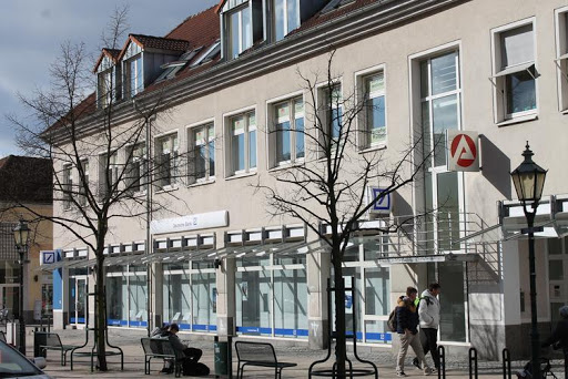 Eine Anlaufstelle für Bezieher von Arbeitslosengeld I sowie Jugendliche, die auf Ausbildungsplatzsuche sind, ist die Außenstelle der Bundesarbeitsagentur Eberswalde am Standort Schwedt. Foto: ASC