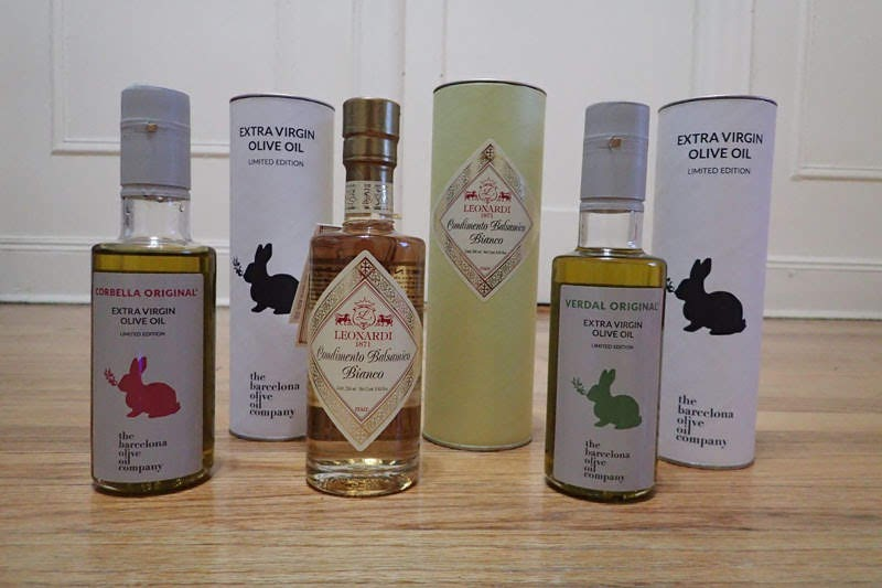 Olive oil and white vinegar from Orolíquido (Barcelona, Spain)