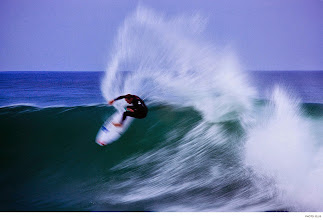 Photo: Photo of the Day: Taylor Knox, South Africa. Photo: #GrantEllis #Surfer #SurferPhotos