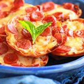 Mini Tortilla-Crust Pizzas