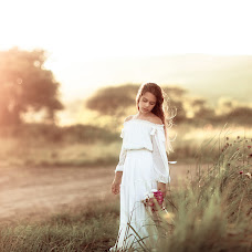 Wedding photographer Klavdiya Litvinenko (Klaudia8585). Photo of 06.09.2017