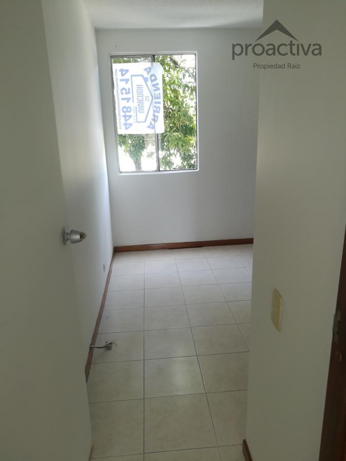 apartamento en arriendo la paz 497-4336