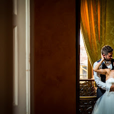 Wedding photographer Enrico Pezzaldi (enricopezzaldi). Photo of 24.11.2016