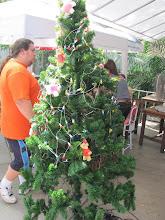 Photo: A very strange Christmas tree.