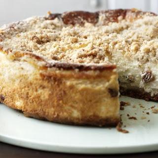Apple Crumble Cheesecake.