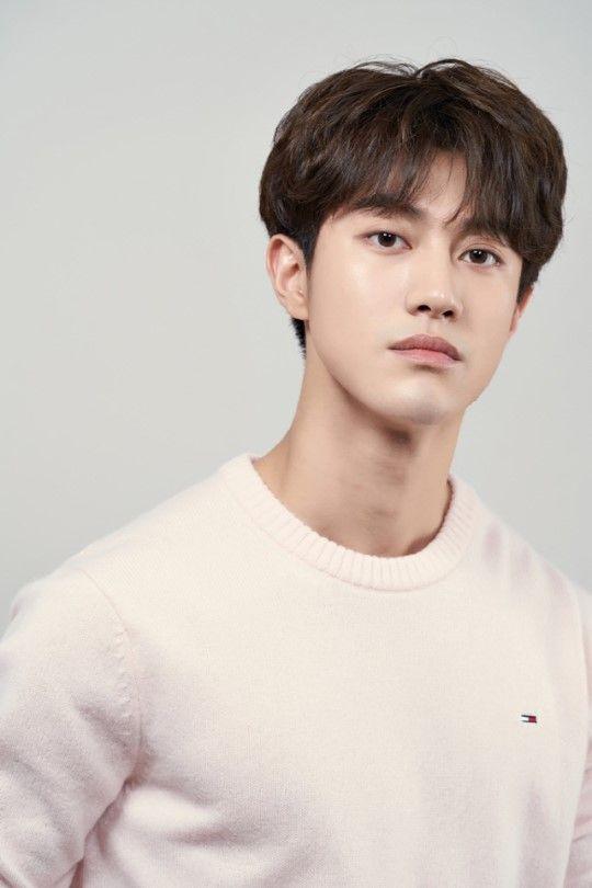 Kwak_Dong-Yeon-1997-p1