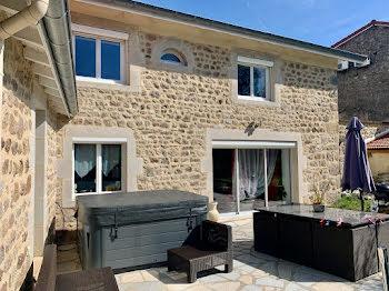 maison à Saint-Maurice-en-Gourgois (42)