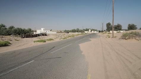 Sanddünen machen auch vor Straßen nicht halt
