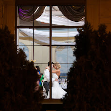 Wedding photographer Doru Claudia Halip (hphotography). Photo of 21.12.2013