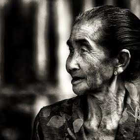 spirit women by Arief Siswandhono - People Portraits of Women
