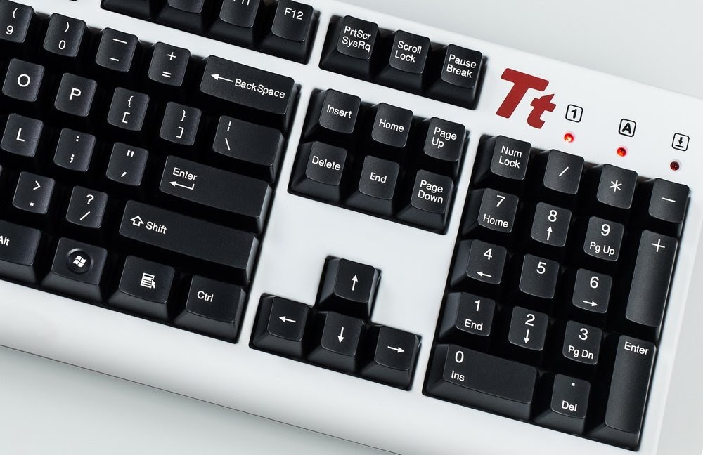 Toàn cảnh dòng phím Tt eSPORTS MEKA đến từ nhà sản xuất xứ Đài