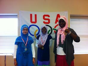 Photo: Badminton Yasmina (G) Iqra (S) Zaynab (B)