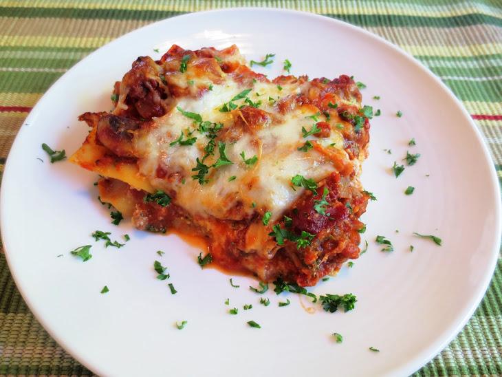 Lasagna with Spicy Pork Italian Sausage Recipe