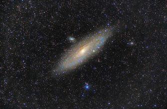 Photo: Galaktyka M31 (Galaktyka Andromedy). -Canon 600D z obiektywem Orestregor 200mm, -1h30min, klatki po 2 min. -Księżyc po I kwadrze.