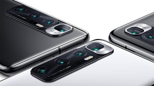 The Xiaomi Mi 10 Ultra.